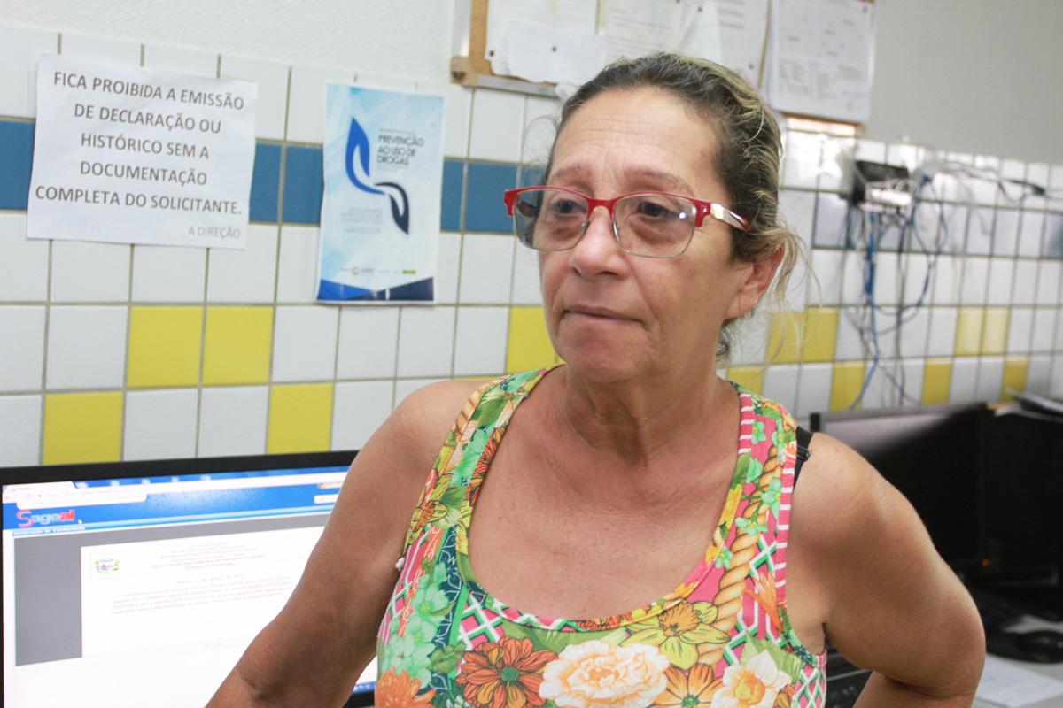 Fátima Cavalcante, diretora da Escola Edmilson Pontes (Foto:Valdir Rocha)