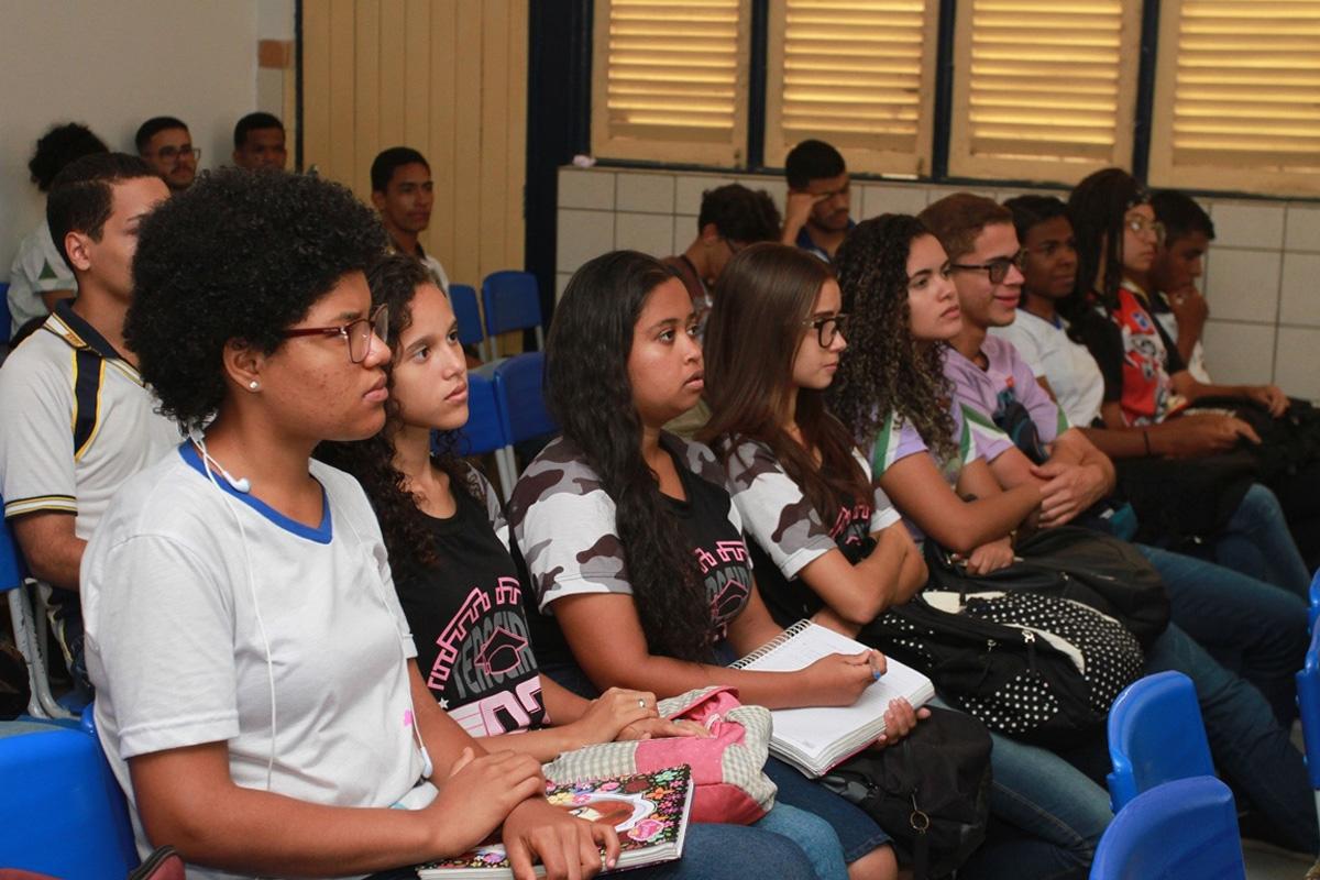 Escolas da rede estadual de ensino realizam simulados e aulões preparatórios para seus alunos (Valdi Rocha)