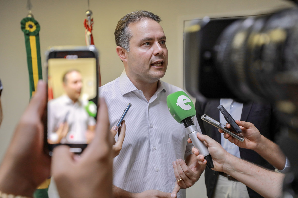 Governador assina decretos de concessão de incentivos fiscais e locacionais a 13 empreendimentos (Foto: Márcio Ferreira)